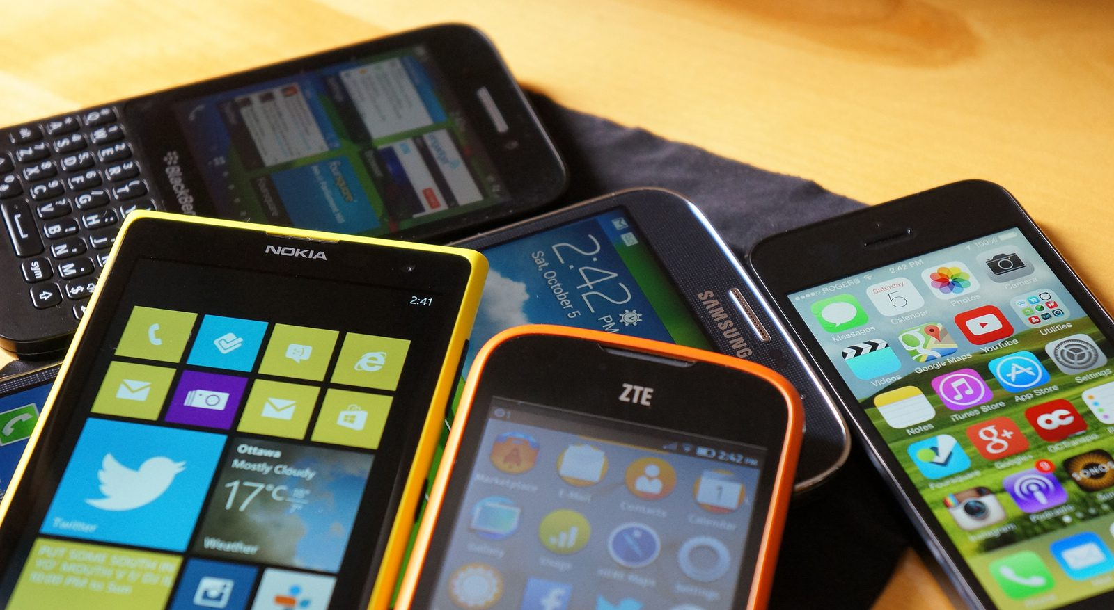buy phone online or instore